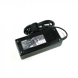 Toshiba Adaptor 90W 3 Pin